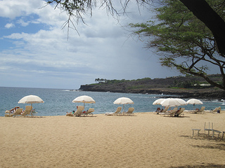 Hulopo'e Bay beach chairs