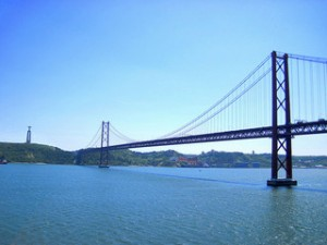 The 25th of April bridge in Lisbon, Portugal is similar to San Francisco's Golden Gate Bridge.