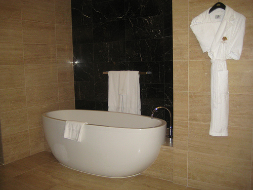 &quot;Mandarin Premier room soaking tub&quot;