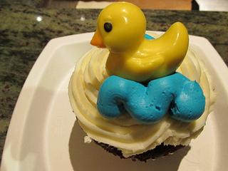 Peabody duck, cupcake