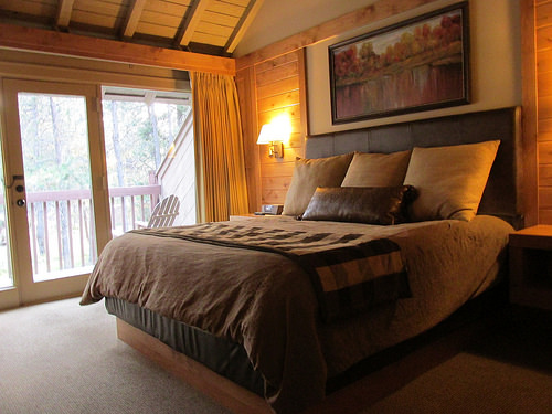 """Sunriver Resort"" room"