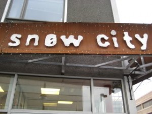 """Snow City Cafe"""