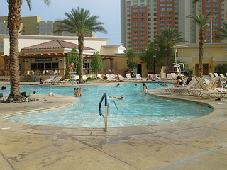 South Point Hotel pool