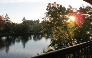 valley river inn, willamette river, eugene, oregon