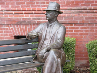 william faulkner, statue