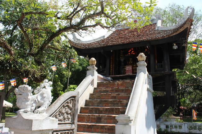 hanoi-one-pillar-pagoda-tour