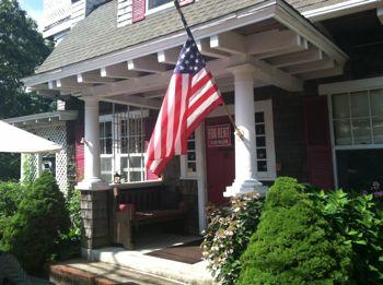 The Tuck 'em Inn in Falmouth, Massachusetts sleeps 17.