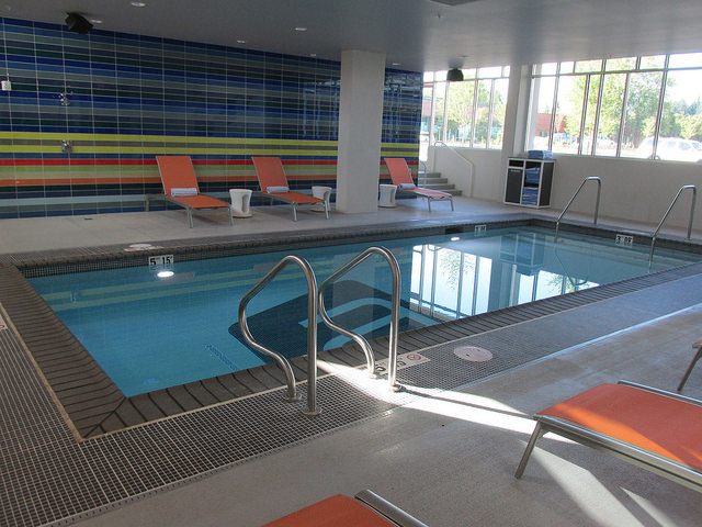 splash pool, indoor pool, hotel swimming pool, aloft hillsboro-beaverton