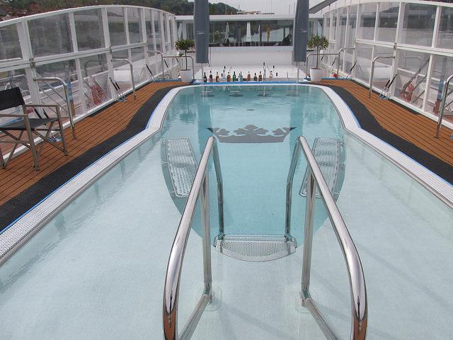 swimming pool, amastella river cruise ship, amawaterways river cruise, swim-up bar, heated pool
