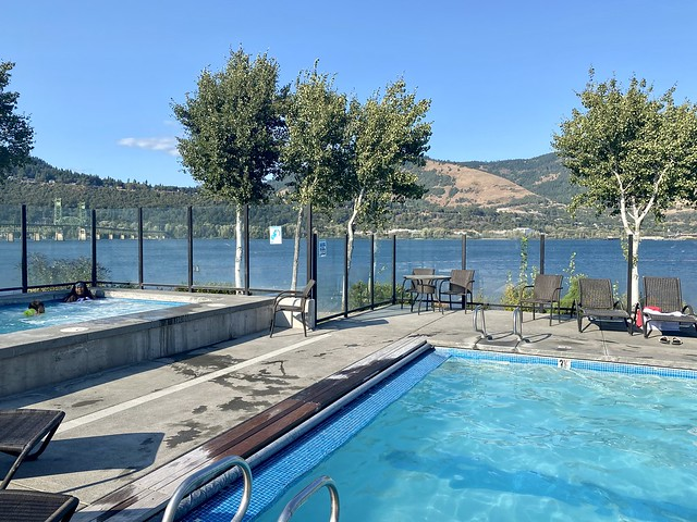 Year-round heated swimming pool and hot tub with Columbia River views in Hood River, Oregon.