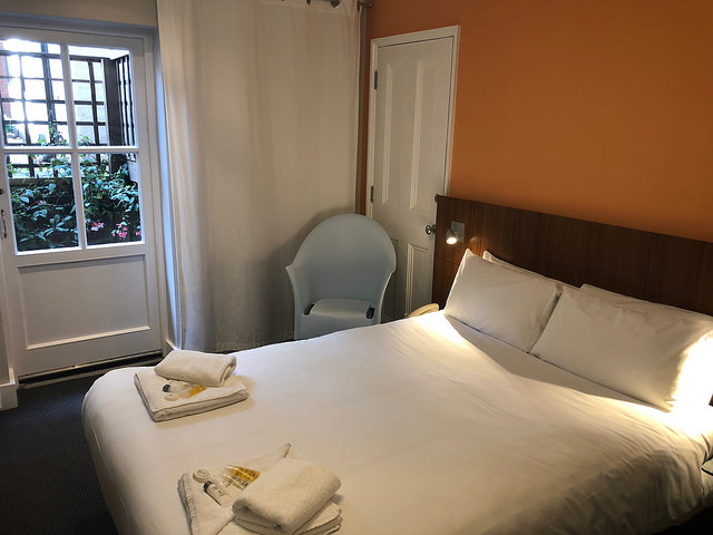 belgravia bed & breakfast in the heart of london, b + b belgravia, belgravia b & b, hotel near victoria station