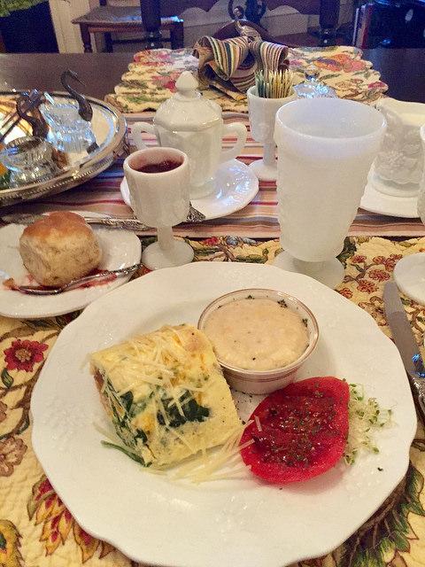 bed & breakfast, gourmet breakfast, bloomsbury inn, grits, camden, south carolina