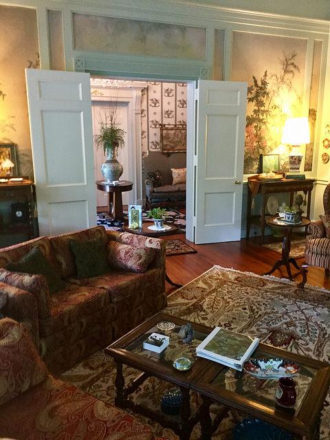 parlor, bloomsbury inn, camden, south carolina