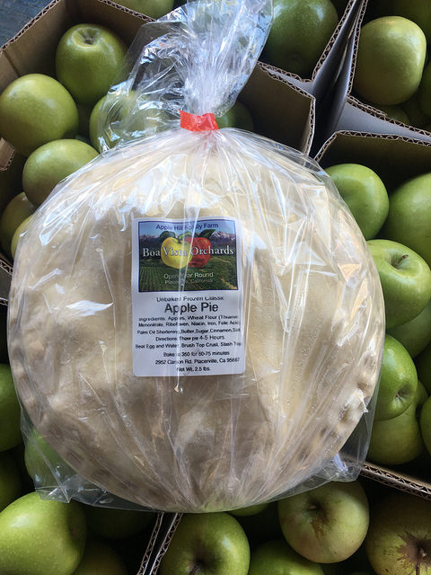 apple pie, boa vista apple pie, apple hill family farm, 5 tips for apple hill apple picking, eldorado county california