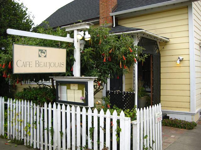 cafe beaujolais, mendocino's eco-friendly alegria inn within walking distance
