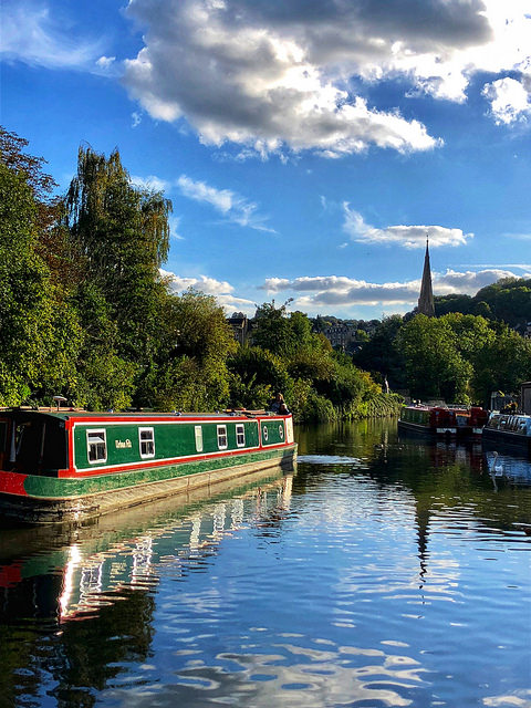 canal boat kennet & avon canal, 9 things to do in bath, narrowboat bath england