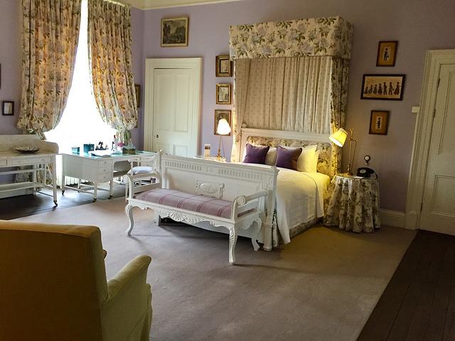 the mauve room, castle leslie estate, hotels in monaghan, irish castle hotel, county monaghan hotel, ireland