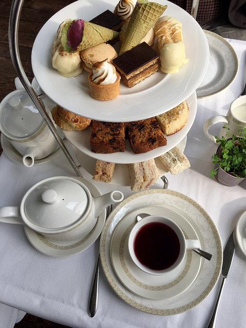 afternoon tea, castle leslie tea, afternoon tea in monaghan hotel, castle leslie estate, monaghan, ireland