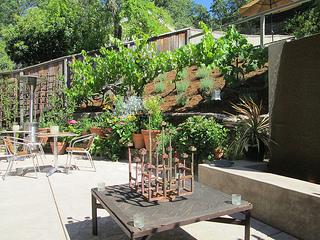 Chanric Inn patio