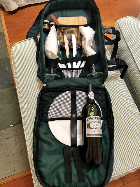 picnic backpack, cottage grove inn unique calistoga bed and breakfast portable picnic backpack