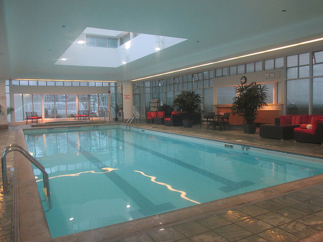 swimming pool, fairmont hotel vancouver