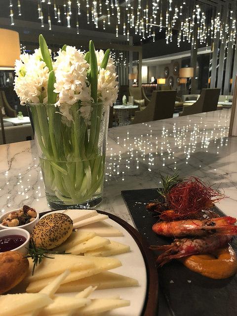 tapas, b-24 restaurant, fairmont rey juan carlos 1, barcelona hotel, spain