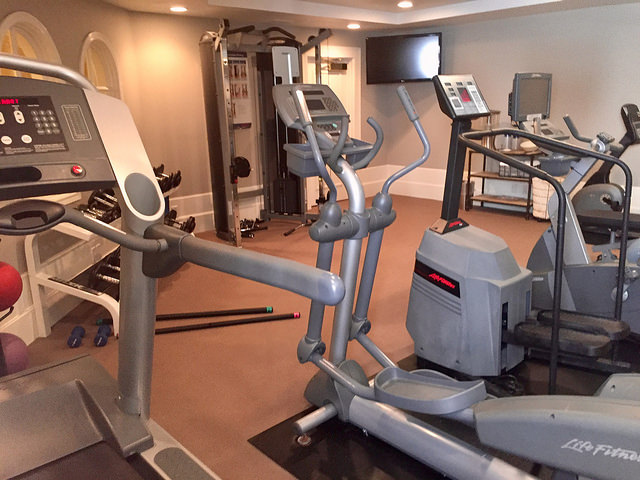fitness center, garden court hotel, downtown palo alto hotel, gym, califoria