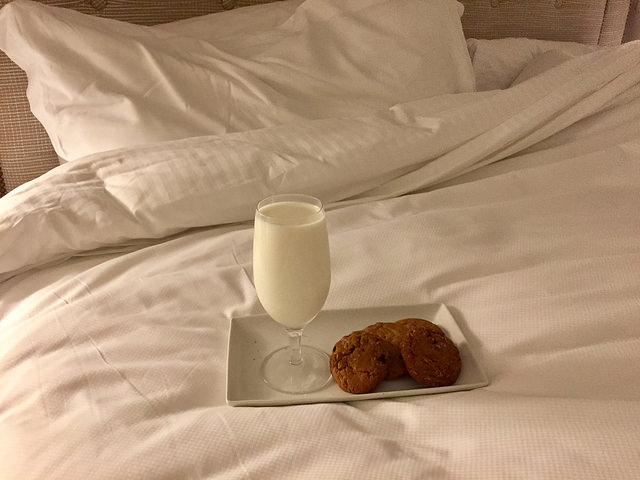 milk and cookies, sweet dream, garden court hotel, downtown palo alto hotel, northern california hotel