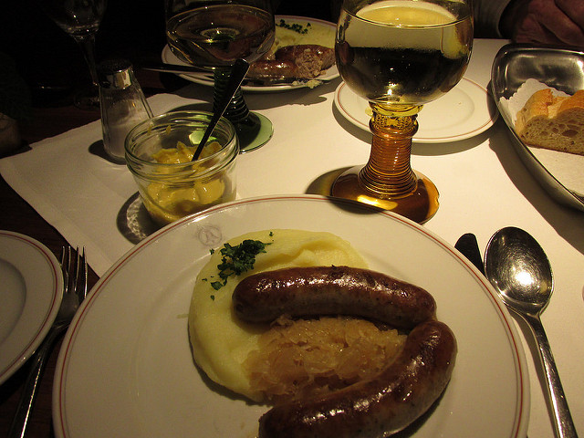 bratwurst, franconian muller-thurgau wine, rothenburg, germany