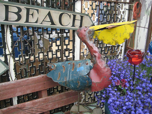things to do in half moon bay, california, pelican, metal art, beach, califoria