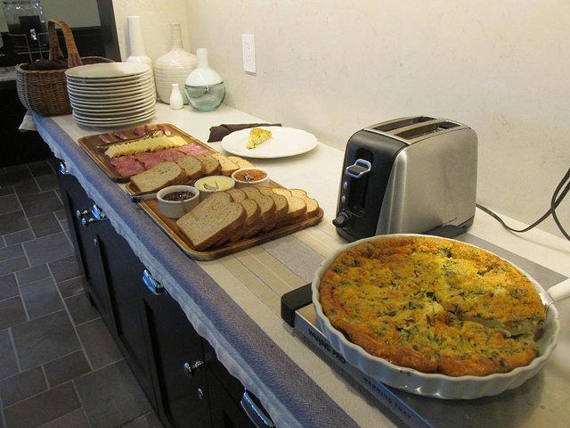 complimentary breakfast, hideaway carmel, carmel, california, breakfast buffet