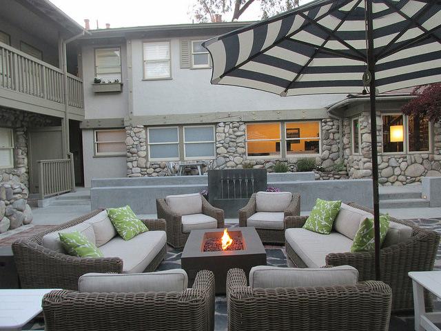 the hideaway carmel, hideaway courtyard, firepit, carmel, california