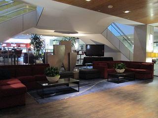 Hilton Hotel San Jose lobby