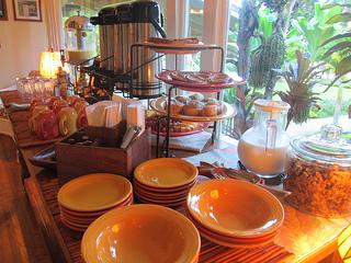 Hotel Lānaʻi' breakfast