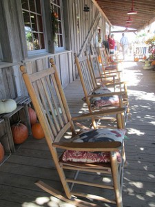 rocking chairs at Ikenberry Orchards store