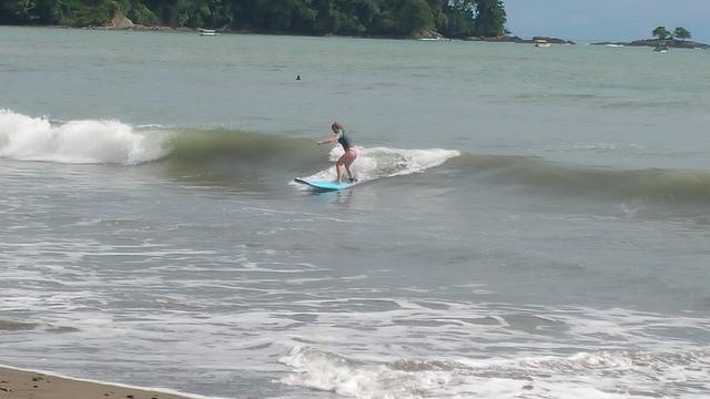 manuel antonio surf school, costa rica, manuel antonio beach, kendall brown