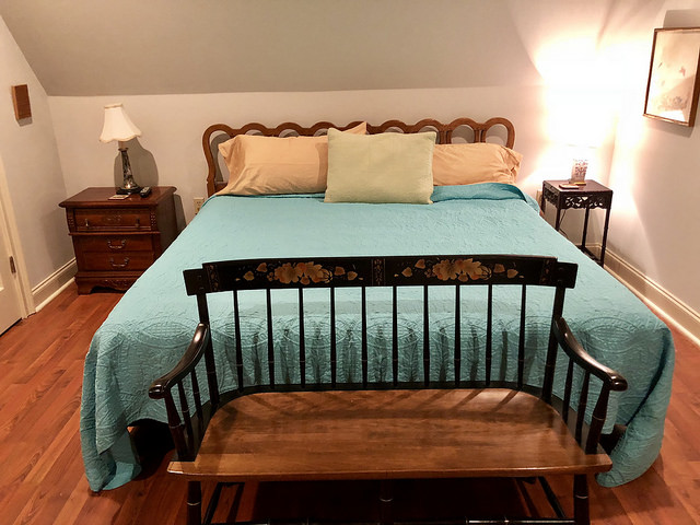 king bed, kings quarters, airbnb, oxford, mississippi, vacation rental, vacation home, oxford, mississippi