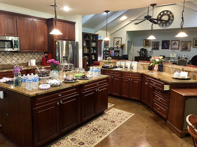 kings quarters, gourmet kitchen, airbnb oxford, mississippi, vacation rental