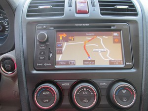 LCD Touch-Screen GPS Navigation
