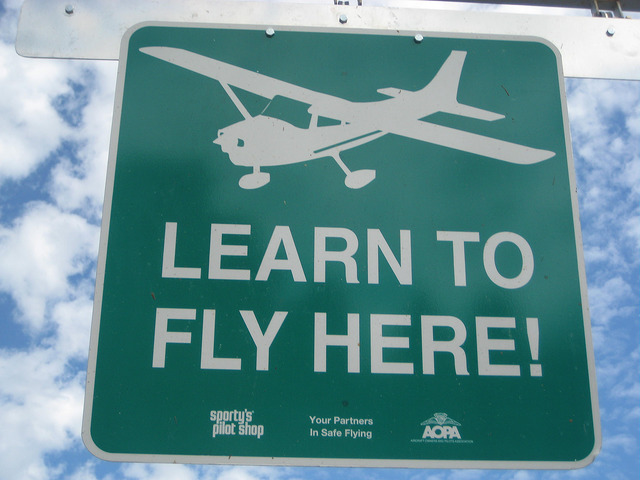 lets go flying with airplane flight lessons, learn to fly, buchannan field concord california, discovery flight