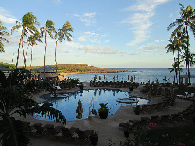 pool, manele bay, poolside service
