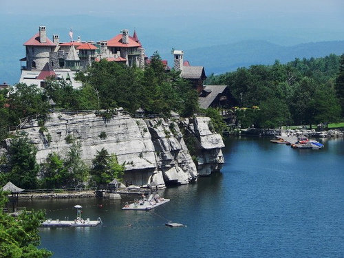 Mohonk mountain house upstate new york luxury and for Lake house upstate ny