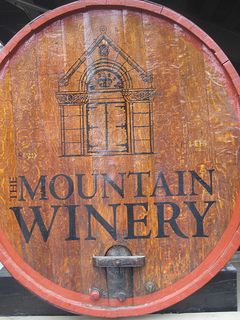 """Mountain Winery cask"""