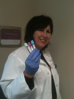 blood draw, blood sample, phlebotomist, preparing for surgery