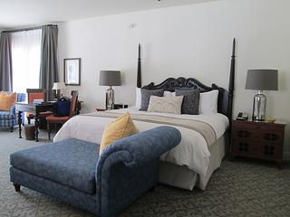 Ojai Valley Herb Garden Suite