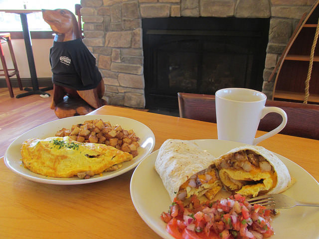 breakfast burrito, breakfast, chowder house restaurant, gold beach, oregon restaurant