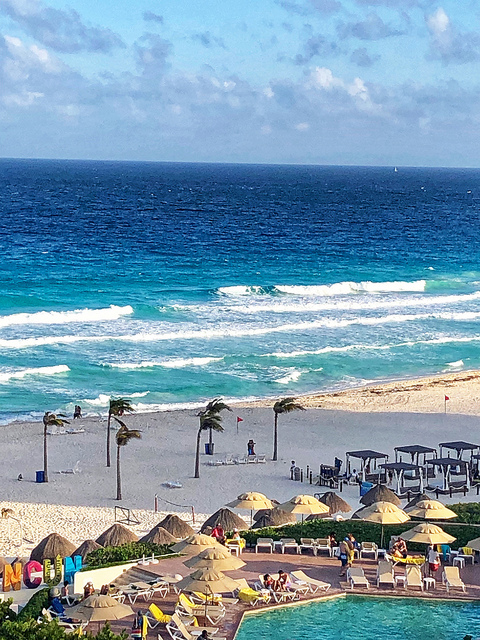 white sand beach, caribbean sea, park royal cancun beach resort review, cancun mexico
