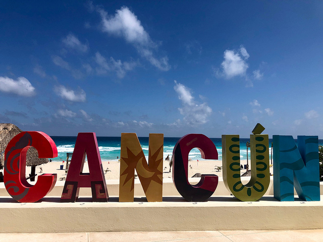 park royal cancun beach resort, cancun mexico sign
