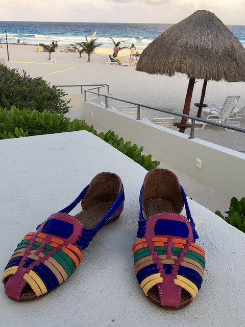 sandals, zapatos, shoes made by mexican artisans from mayan communities, kiwik, mayan products, park royal cancun beach resort