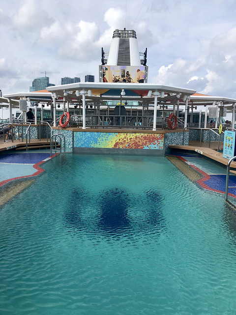 swimming pool royal caribbean empress of the seas, outdoor pool, movie screen, cruise to cuba with royal caribbean cruises